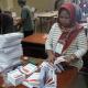 KERTAS SURAT SUARA PEMILU 2019 LINGGA MULAI DILIPAT