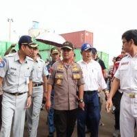 POLDA KEPRI & TNI DI KEPRI KERAHKAN 1.360 PERSONIL